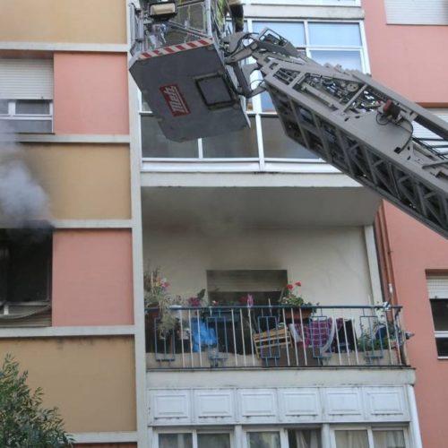 Incendio na rúa Greco en Ourense