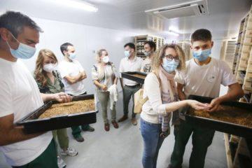 Concello apoia empresa ponteareá pioneira en Galicia na cría de vermes