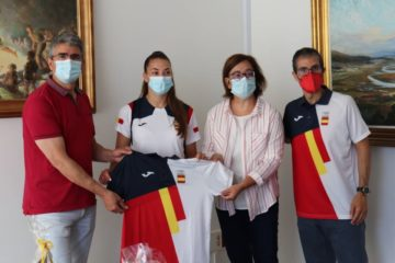 """A Guarda recibe aos """"olímpicos"""" Paula Arcos e Ignacio Prades tras participar en Tokio 2020+1"""