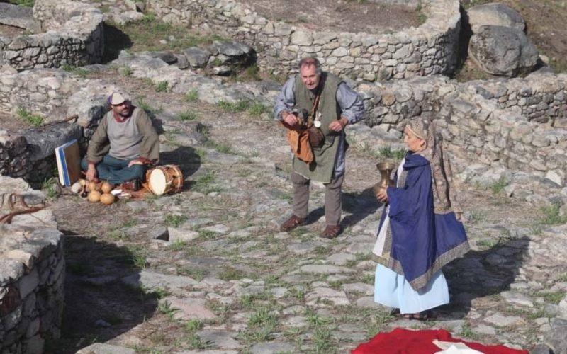 As teatralizacións no Monte Santa Trega se amplían ata setembro