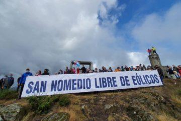 As Neves mobilizouse contra o parque eólico no Monte de San Nomedio