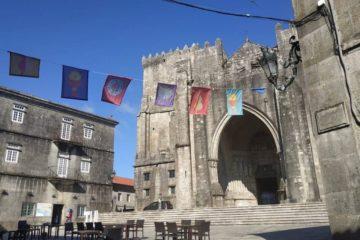 Tui da a benvida aos peregrinos do Camiño Portugués
