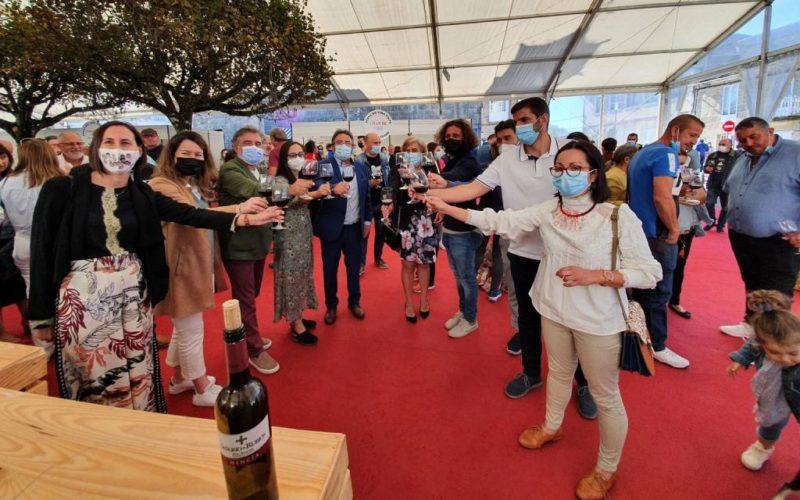 As Neves celebra con éxito a XV Feira do Viño Tinto das Rías Baixas